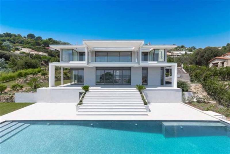 Louer une maison contemporaine vue mer pour événement Cannes