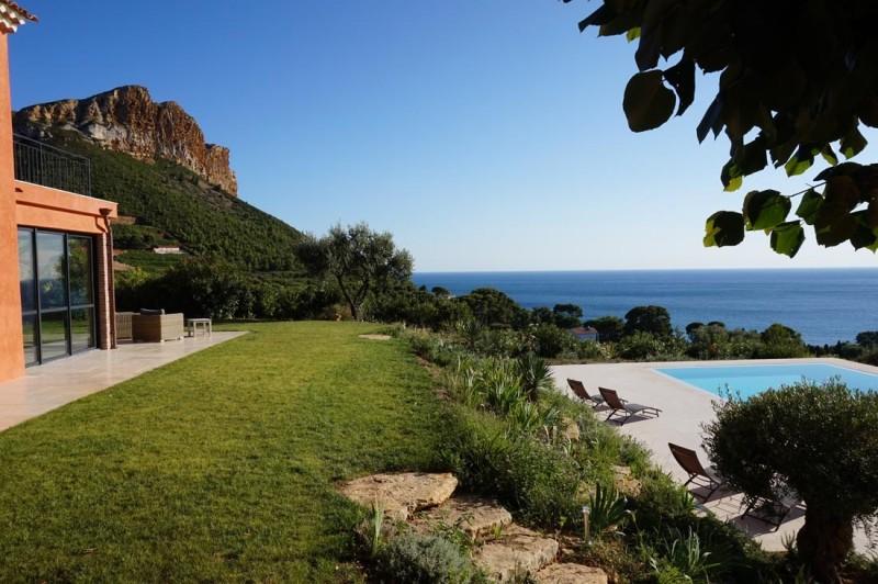 maison avec vue mer pour production photo Cassis