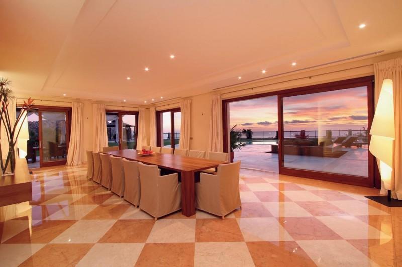 maison moderne pour shooting Espagne