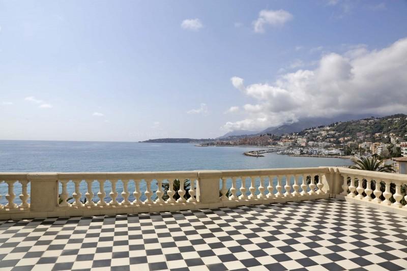Louer un lieu événementiel avec terrasse vue mer dans le sud est
