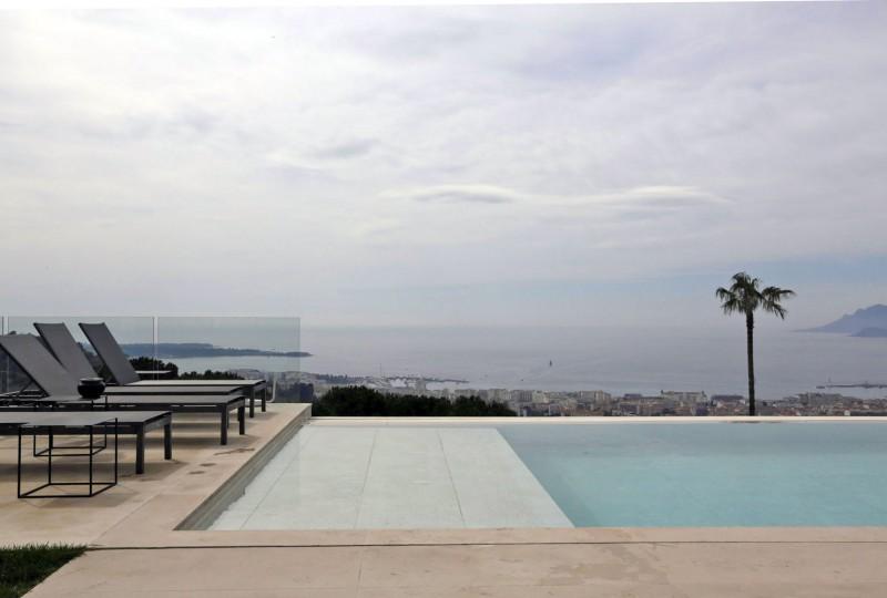 villa pour événementiel avec piscine vue mer