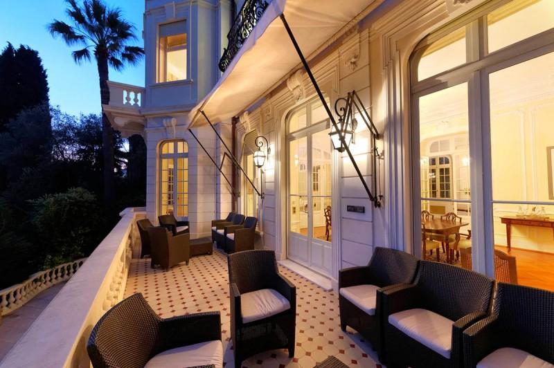location de lieu avec piscine et grand terrain pour films dans le sud de la France Cannes