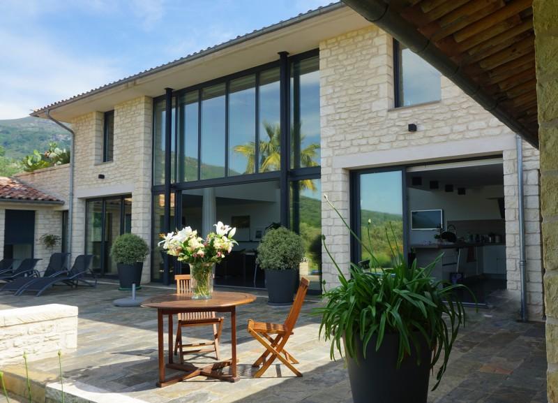 louer une maison contemporaine pour photo et tournage nice