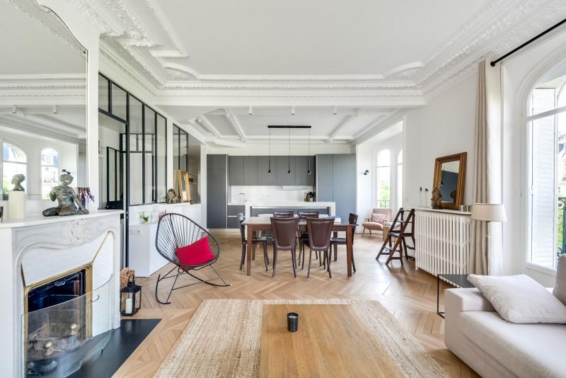 les plus beaux lieux de tournage paris lieux lieu louer pour tournage dans le sud de la france. Black Bedroom Furniture Sets. Home Design Ideas