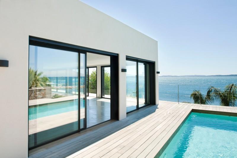 Louer une villa d'architecte sur la côte pour tournage