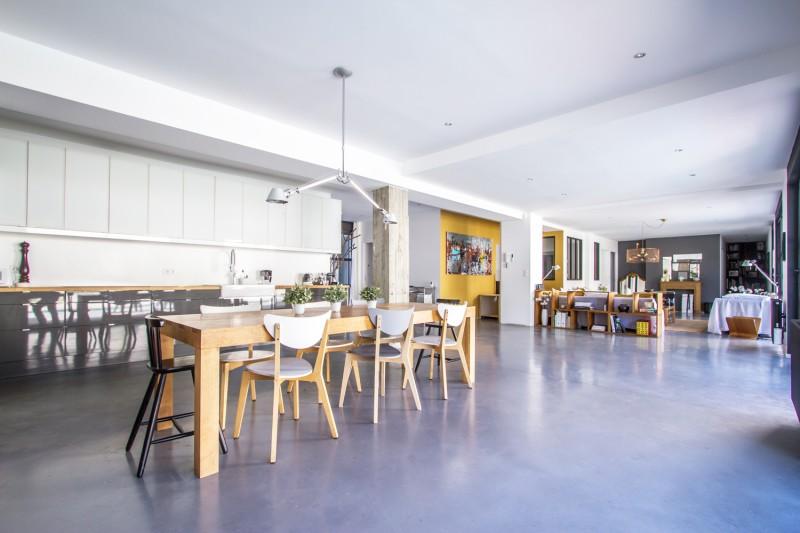 loft contemporain atypique à louer pour photo