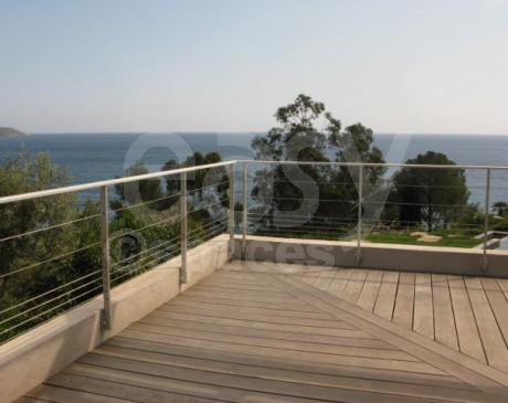 maison d ' architecte contemporaine en location pour photos et tournages saint-tropez