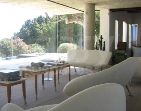 villa contemporaine à louer pour tournages  toulon