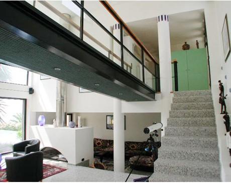 location de maison contemporaine avec piscine et  vue mer marseille toulon