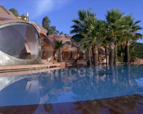 Location villa atypique avec piscine vue mer pour v nements pro shootings photos ou tournages for Villa avec piscine a louer dans le sud