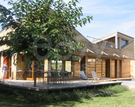 villa d ' architecte contemporaine en bois avec piscine cassis france 13