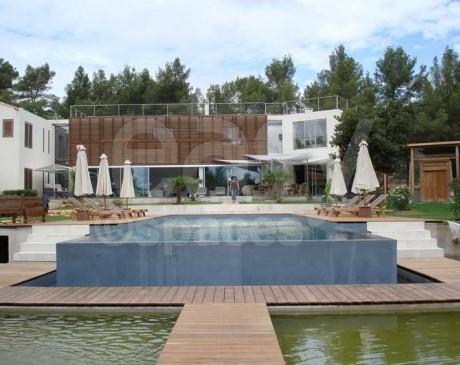location de lieux et maisons pour tournage production photo aix en provence bdr