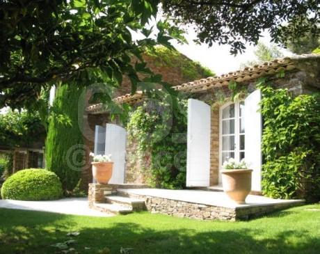 Villa et son jardin pour location PACA