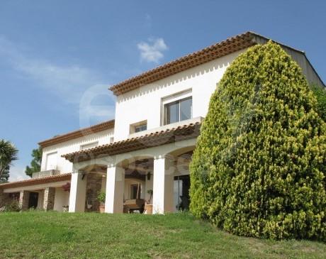 Location de belle villa avec jardin Cassis Marseille 13