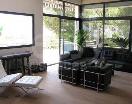 location de villa  contemporaine vue mer pour tournages et photos marseille sud france