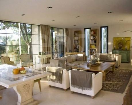 louer une maison avec piscine près d ' aix en provence pour shootings et tournages