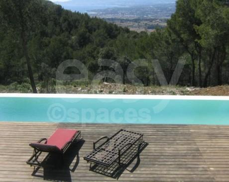 Location illa avec piscine et jardin pour décors cinéma Toulon 83 Marseille 13