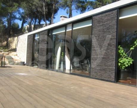 Villa avec pierres apparentes sud de la France pour tournages photos 13