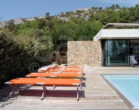 Villa contemporaine à louer avec piscine Marseille 13