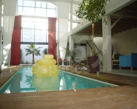 Louer un loft avec piscine pour shooting photo