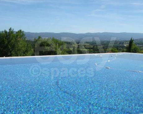 location de mas en pierre avec piscine pour tournages et productions shootings photos lubéron alpilles