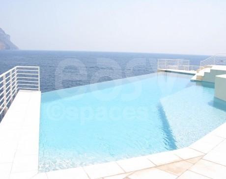 location piscine a debordement pour production photographique marseille