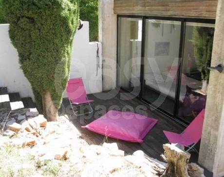 terrasse bois  extérieure de maison contemporaine marseille