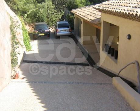 entrée de maison provençale  pour shooting voiture avec piscine saint tropez var