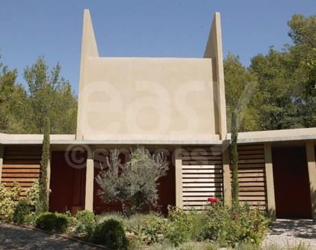 maison en bois avec piscine à louer dans le lubéron
