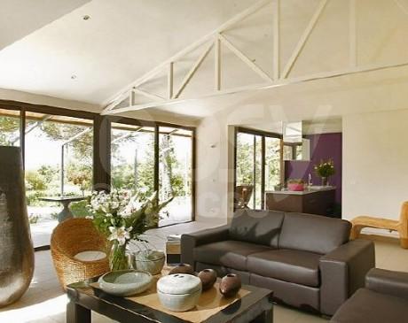 salon moderne meublé design villa d ' archi avec piscine lubéron