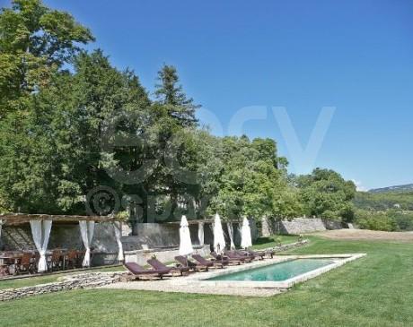 location de mas de charme avec piscine Luberon