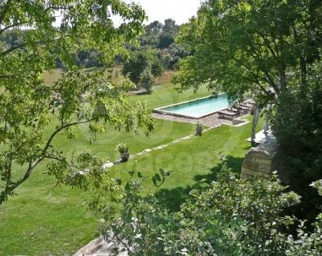 location mas en pierre avec piscine pour productions photos et tournages Luberon Provence
