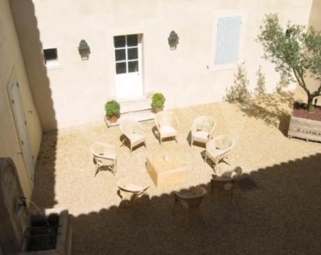 location une maison entourée de vignes pour des tournages et prods photos sud de la France Luberon