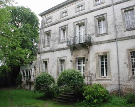 location de château pour magazine de mode Arles