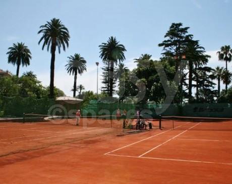 location de terrain de tennis en terre battue nice côte d ' azur