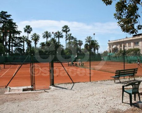 location de terrains de tennis pour tournages shootings films et photos nice