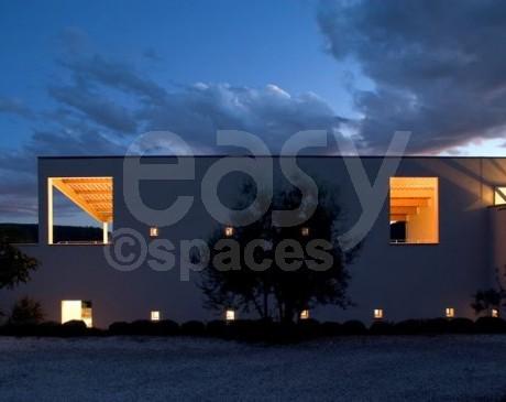 location de lieux et maisons avec piscine pour tournages de films pour le cinéma et la télé cannes