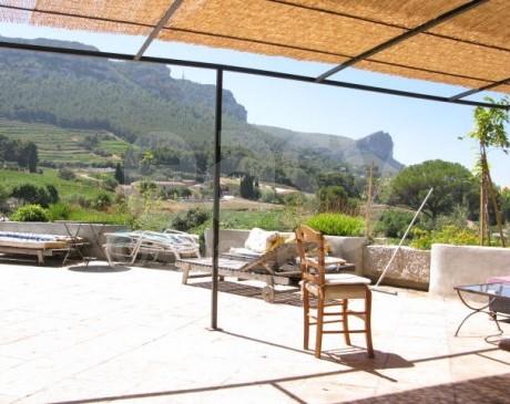 location de villa avec jardin et piscine pour tournages et prises de vues photos marseille