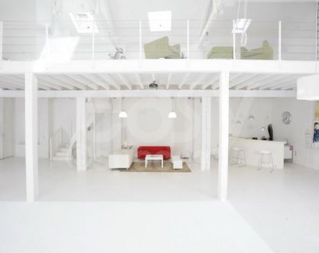 location de lieux et loft lumineux pour les tournages de films marseille provence alpes côte d 'azur