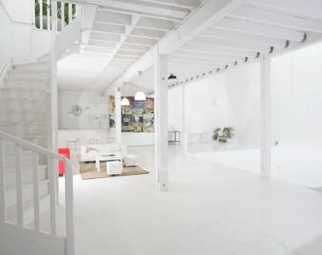 location de studio lumineux pour prises de vues photos marseille provence alpes côte d'azur