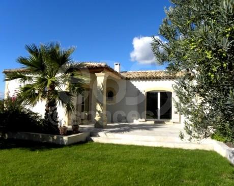 location de maison pour tournage de films en région provence alpes côte d'azur arles