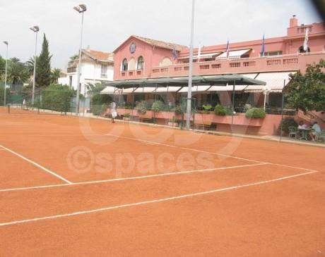 location de terrains de tennis pour photos, cinema nice