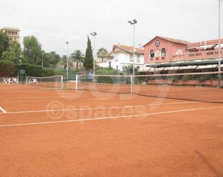 location de terrains de tennis pour shootings films et photos sud de la france