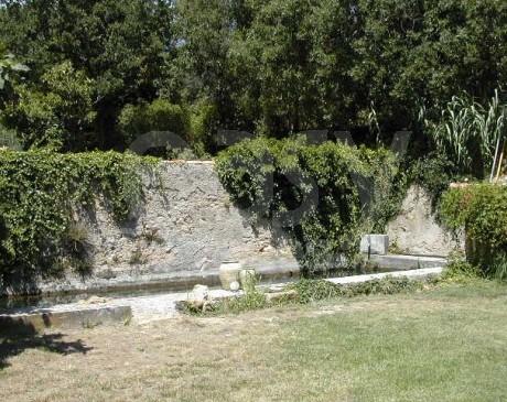 location de lieu avec piscine et grand terrain pour tournage de films dans le sud de la france marseille