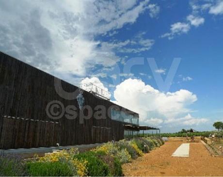 Location de salle contemporaine pour réunion sud-est Nimes Gard Herault Montpellier