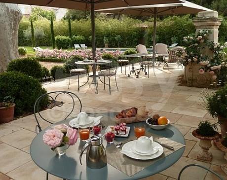 Location hotel particulier pour tournage de film Cavaillon, Avignon, Apt