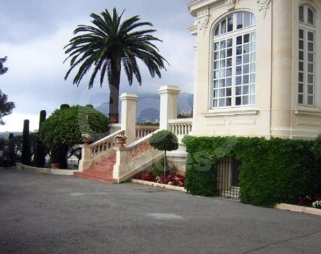 Villa belle epoque vue mer pour production photo tournage for Acheter une maison dans le sud est de la france