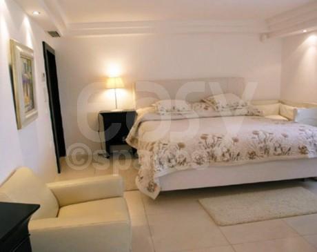 Location de décor avec sauna pour shooting photo dans le sud de la France à Cannes
