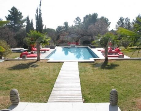 location de maison moderne pour tournages et productions photos aix en provence paca