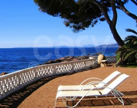 Louer un décor pour un shooting photo sur Saint-Tropez